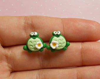 Frog Earrings - Frog Stud Earrings - Frog Gifts - Animal Earrings - Green Frog Earrings