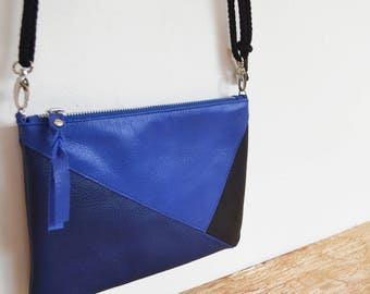 "Leather wallet with electric blue strap, ultramarine blue and black ""PANTAI"""