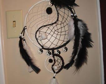 Yin-Yang dreamcatcher