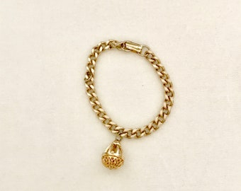 60s Gold Chain and Charm Bracelet     GJ 3033