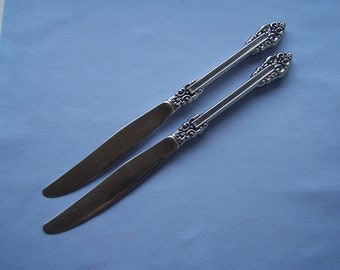 Oneida Rembrandt Stainless Hollow Handle Knives, Two Rembrandt Pattern Knives with Cube Mark, Heirloom Line