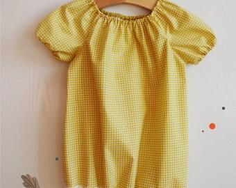 Vintage short sleeve girl's floral blouse