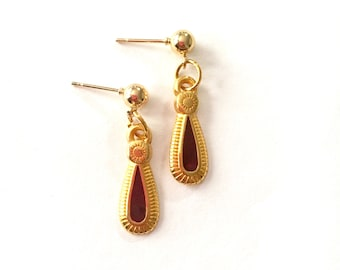 Dainty Gold Stud Earrings