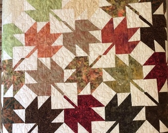 Autumn Falling Leaves Quilt, Handmade Batik Quilt, Autumn/Fall Quilt, Wallhanging, Fall Colors, Maple Leaves, Nature Quilt, Coverlet,Cabin