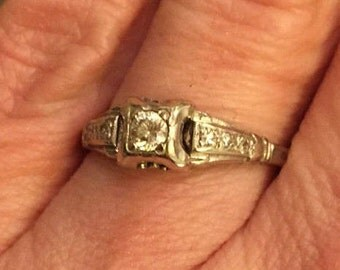Art Deco 14K White Gold and Diamond Ring
