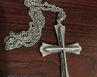 Die Cast Metal Gothic Cross on Chain