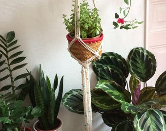 "Macrame hanging planter ""AMADEO"""