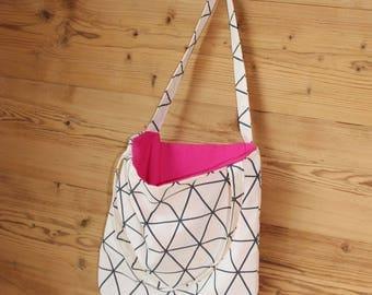 Bag shoulder bag with geometrical pattern and pink inside material, shoulder bag
