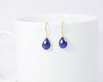 sapphire earring,blue color earring,gemstone earring,sapphire jewelry , drop earring,tiny sapphire earring,gold plating earring,September