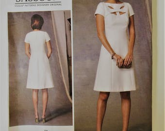 Vogue Designer Original sewing pattern 1423 - Lorcan Mullany for Bellville Sassoon - Misses' dress - neckline cutout feature - size 14 to 22