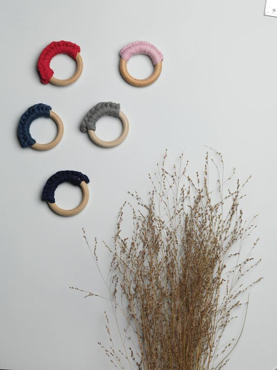Ring teether-wooden rattle baby - crochet rattle - montessori ring untreated natural wood - shop me