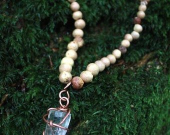 Dragonecklace with clear Quartz Pendant, Dragontreeseeds from La Palma, clear quartz in copper