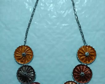 Necklace made of cans nespresso capsules