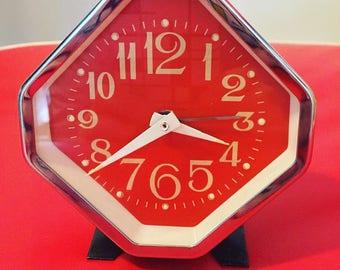 Vintage Retro Wind-Up Alarm Clock - Mod - Retro