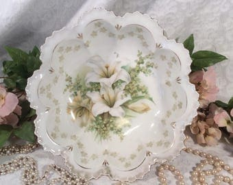 "RS Prussia Fine Porcelain China Serving Bowl ""Lily"" Pattern"
