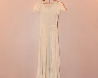 VINTAGE 1930's Sheer Swiss Dot White Day Dress