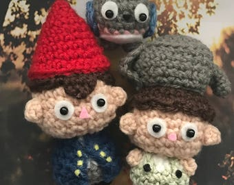 Over the Gardenwall, Greg, Wirt, Beatrice, presentidea, autumn, fall, Halloween, into the unknown, stone fact, crocheted figurine, Amigurumi