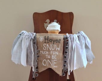 Winter Onederland high chair banner/Snow much fun to be one/First birthday Photo Shoot Prop/Cake Smash/Silver Snow Theme/Personalized