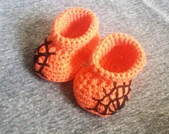 Halloween Booties | Baby Booties Crochet | Crochet Slipper| Handmade | Spooky Gift | Newborn Clothes | Halloween Baby | Black Spider Web