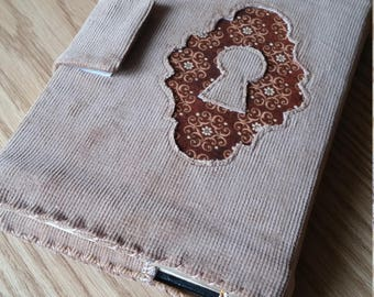 Tan Corduroy Mushaf cover with Keyhole