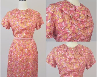 Vintage 60s Psychedelic Mod Dress Pink Orange Large Print Pattern Wiggle Short Sleeve Round Collar