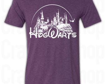 Harry Potter Hogwarts Castle T-Shirt. Hogwarts Castle Shirt. Hogwarts Shirt. Harry Potter Shirt. Hogwarts Quidditch Shirt. Hogwarts Castle.
