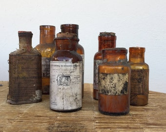 7 flacons anciens pharmaceutique en verre soufflé marron, old bottles pharmaceutical blown glass, decoration and French collection