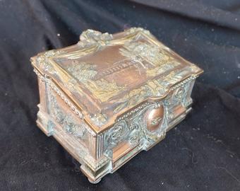 superbe boite-coffret à bijoux ancien en bronze sculpté, 2 patines, intérieur capitonné, antique carved bronze jewel case, padded interior