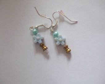 Star earrings and light blue color aluminum crochet glass bead