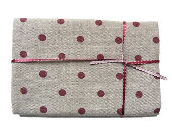 Linen with Burgundy dots 50 x 80 cm
