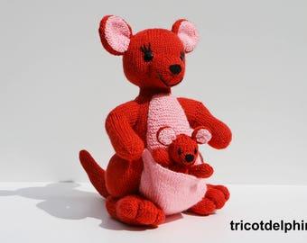 KNITTING tutorial/pattern: Mama Kangaroo and her baby