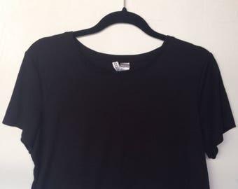 Black Cropped Ribbed T-Shirt