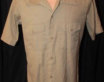 Vintage 1970's US USMC Marine Corps Military Men's Khaki Poly Cotton Quarter Sleeve Shirt Sz Small Short Sleeve Military Uniform