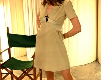 Knee-length dress-