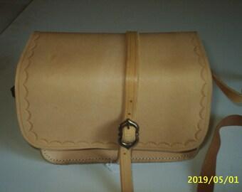 Leather hunting bag
