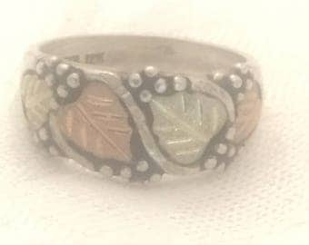 Vintage Sterling Silver Ring Band Leaves Grape Signed WM 12K  Size 6.5  5.1g