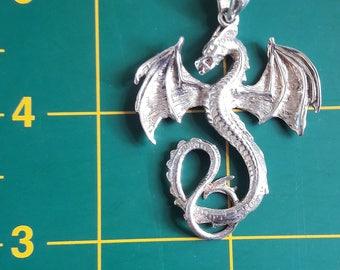 Dragon Pendant 12.1 grms 925 Silver