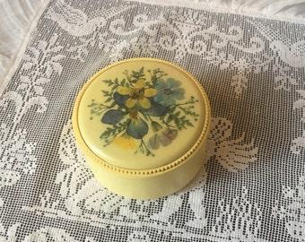 Small bakalite trinket or jewelry box