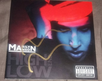 Marilyn Manson CD signed autographed and backstage pass in green