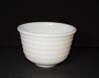 "Vintage, White, Milk Glass, Ribbed, Mixing Bowl, Batter Bowl, White Kitchen, Vintage Bakeware, Serving Bowls, Planter Bowl, Fruit bowl, 6"""