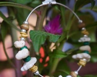 Boucles d'oreilles créoles FAIT MAIN//Coquillage du Pacifique, graines et bois//Bijoux femme//Cadeau pour elle//Style ethnique/bobo/nature