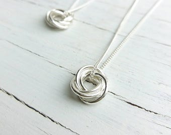 Nest of rings necklace in sterling silver/Ring necklace/Circles on sterling silver chain/Sterling silver jewellery/Circle jewellery for her