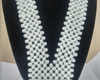 White mated bead necklace