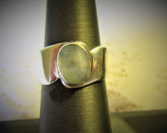925 Sterling Silver Vintage Moonstone ring