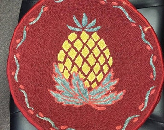 Primitive Country Folk Art PINEAPPLE Hooked Rug Chair Pad Seat Cushions