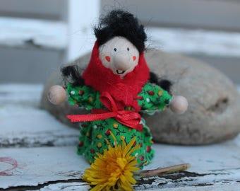 Kitchen Witch / Strega Funf - Kitchen Witch doll