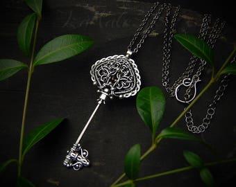Sinningia - unique key-shaped silver pendant necklace