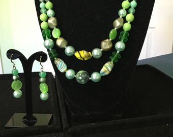Vintage Shades of Green Beaded Necklace/Earrings