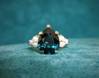 OOAK Teal Pear Cut Certified Cobalt Spinel Seed Pearl Enagement Ring Classic High End Gemstone Bohemian Modern 14k Yellow Gold