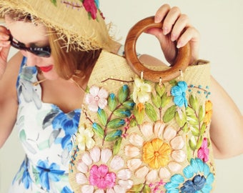 70s Bright Flower Embroidered Raffia Natural Straw Bag with Wooden Handles - Philippines